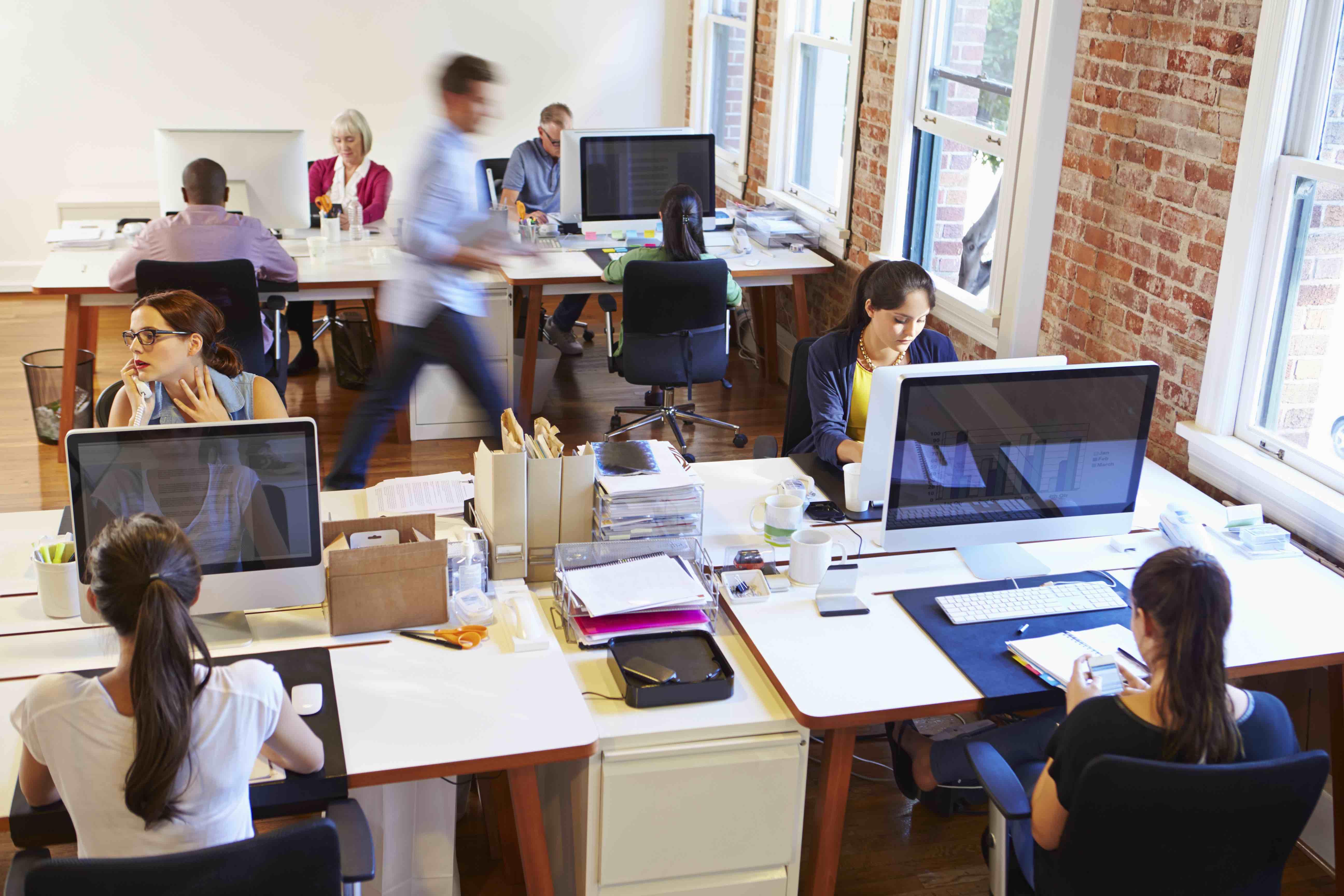 أهم المهارات التي يجب إكتسابها للصمود في بيئات العمل المختلفة